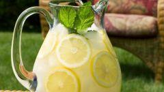 Как приготовить лимонный напиток с медом