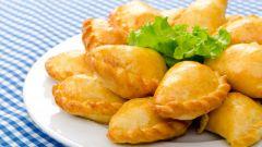Как печь пирожки с рыбой и рисом