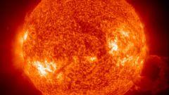 Что означают инопланетные объекты около Солнца