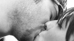 Кто придумал Всемирный день поцелуя