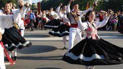 Как принять участие в Международном фольклорном фестивале
