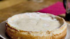 Как приготовить сладкий сырный пирог