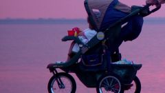 Как выбрать детскую коляску-трость