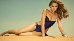 Какие фасоны купальников в моде летом 2012