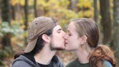 Как прошел Всемирный день поцелуя в России