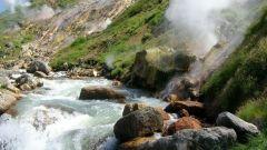 Как отдохнуть в камчатской Долине гейзеров