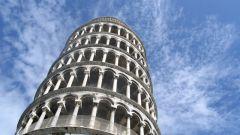 Почему Пизанская башня называется падающей