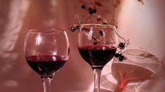 Как приготовить черноплодное вино