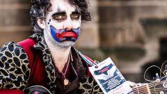 Как проходит Фестиваль искусств «Фриндж» в Эдинбурге