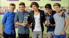 Кому вручены премии MTV Video Music Awards 2012