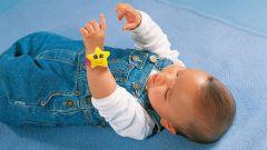 Как выбрать игрушки для новорожденного