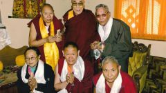 What is the secret of longevity of Tibetan monks