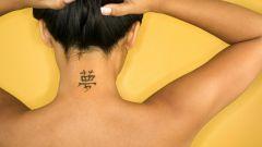 Риски татуировки на шее для девушек