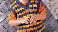 Как связать простой жилет на ребенка
