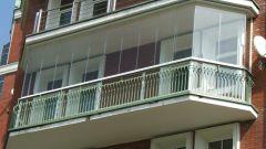 Безрамное остекление балконов и лоджий: достоинства и недостатки