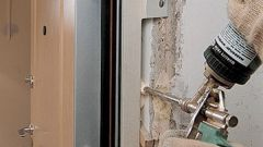 Правила установки входной двери в 2018 году