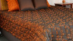 How to sew your own hands a coverlet