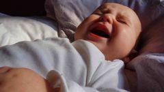 Почему грудной ребенок срыгивает