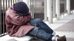 Как помочь бездомному