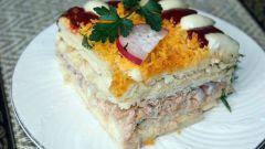 Как сделать вкуснейший салат-торт с рыбой