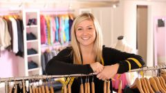 Куда можно продать одежду