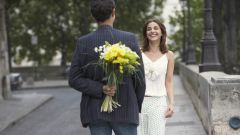 Какие цветы подарить на первое свидание