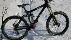 Как кататься на велосипеде зимой?