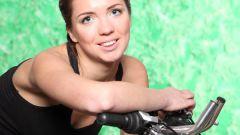 Какой велотренажер выбрать для занятий дома?