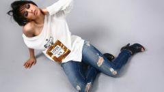 Как выбрать и с чем носить рваные джинсы