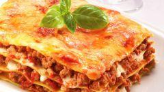 Как готовить мясную лазанью с горошком