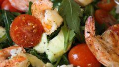 Морской салат с помидорами