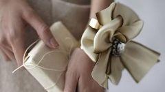 Как сделать нарядный браслет для маленькой модницы?