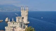 The pros and cons of vacation in the Crimea