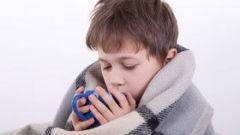 Как лечить детей при легкой простуде