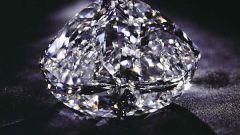 Правда ли, что алмаз в воде становится невидимым