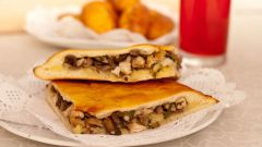 How to make a quick dough for savory pies
