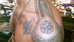 Что означает татуировка эполета на плече