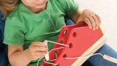 Какие игрушки развивают у детей моторику рук