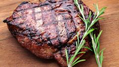 Как приготовить сочный стейк без масла