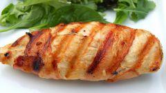 Как приготовить куриные грудки на сковороде
