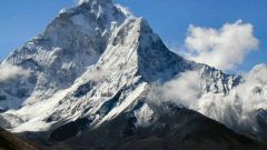 Кто первым покорил Эверест
