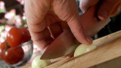 Как чистить лук без слез