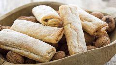 Как приготовить печенье из слоеного теста с грецкими орехами