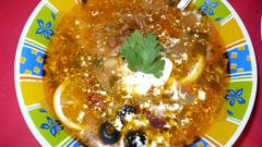 Как приготовить солянку с лососем