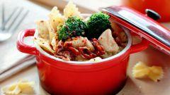 Как приготовить пасту с брокколи, сыром и вялеными помидорами