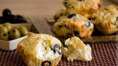 Как приготовить маффины с оливками и сыром?