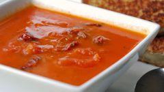 Как приготовить холодный суп из томатного сока