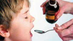 Как заставить ребенка выпить лекарство