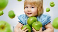 Можно ли каждый день кормить ребенка фруктами