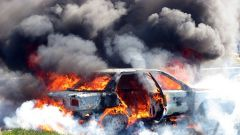 How to choose a fire extinguisher in the car